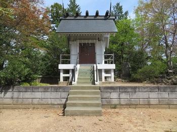 IMG_2527今熊神社山頂本殿.JPG